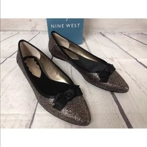 Nine West D'orsay Flats Gold Black Glitter Bow 7.5